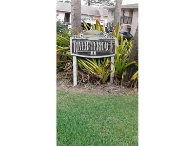 Bonita Springs Condo/Townhouse For Sale: 27249 Pullen Ave #25