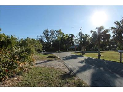 Goodland, Marco Island, Naples, Fort Myers, Lee Multi Family Home For Sale: 3097 Coco Ave
