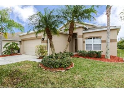 Fort Myers Single Family Home For Sale: 8829 Fawn Ridge Dr