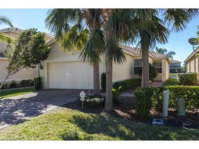 Fort Myers Single Family Home For Sale: 10454 Spruce Pine Ct