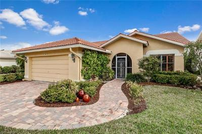 Naples Single Family Home For Sale: 385 Fox Den Cir