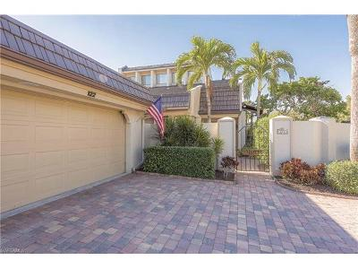 Naples Condo/Townhouse For Sale: 122 Bears Paw Trl