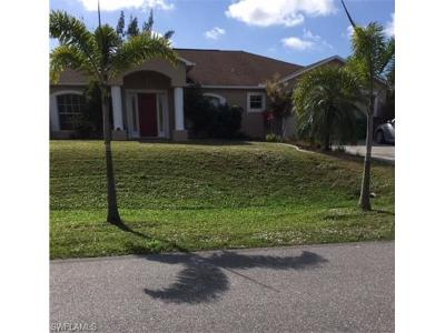 Cape Coral Single Family Home For Sale: 1014 SW 15th St