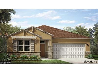 Naples Single Family Home For Sale: 14624 Topsail Dr