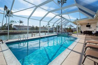 Marco Island Single Family Home For Sale: 1277 Orange Ct