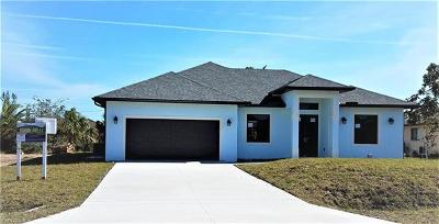 Collier County, Lee County Single Family Home For Sale: 2902 47th Ter SW