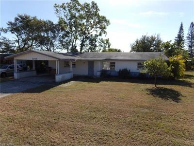 Lee County Single Family Home For Sale: 1106 NE Pine Island Ln
