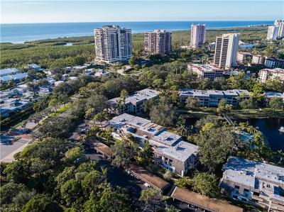 Naples Condo/Townhouse For Sale: 5954 Pelican Bay Blvd #232