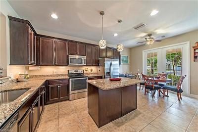 Bonita Springs FL Single Family Home For Sale: $429,990