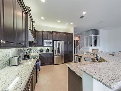 Naples Single Family Home For Sale: 2782 Cinnamon Bay Cir