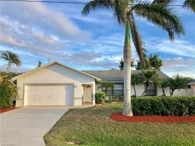 Lee County Single Family Home For Sale: 17223 Malaga Rd