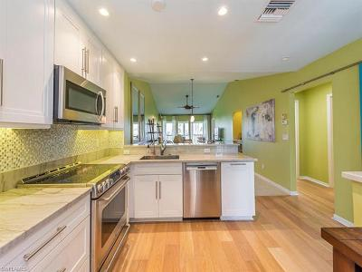 Naples FL Condo/Townhouse For Sale: $200,000