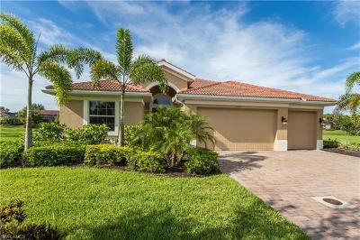 Bonita Springs Single Family Home For Sale: 24811 Avonleigh Ct