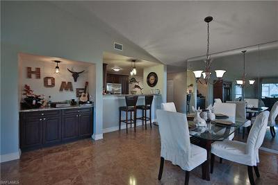 Naples Condo/Townhouse For Sale: 105 Quail Hollow Ct #148-1