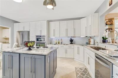 Single Family Home For Sale: 5965 Ashford Ln