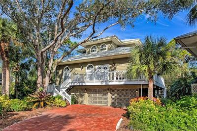 Bonita Springs Single Family Home For Sale: 3788 Cracker Way