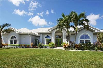 Cape Coral Single Family Home For Sale: 2544 SW 13th Ave