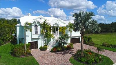 Bonita Springs Single Family Home For Sale: 206 Topanga Dr