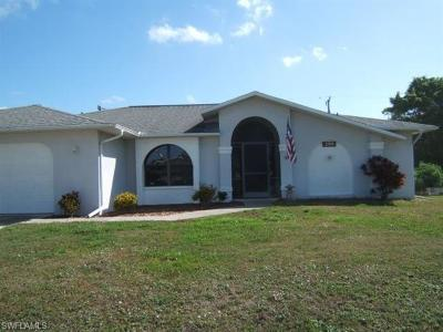 Cape Coral Single Family Home For Sale: 2709 SW 12th Ave