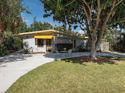 Naples Single Family Home For Sale: 717 1st Ave N