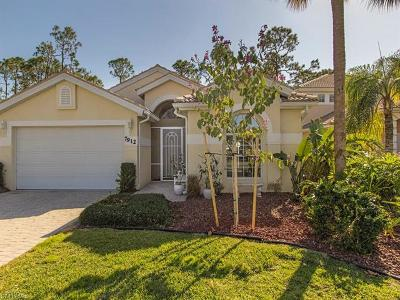 Naples Single Family Home For Sale: 7912 Leicester Dr