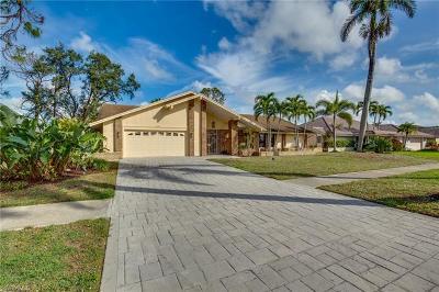 Naples Single Family Home For Sale: 2408 Kings Lake Blvd