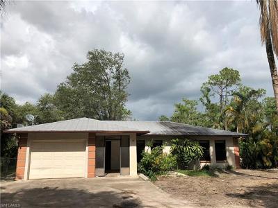 Naples Single Family Home For Sale: 440 Logan Blvd N