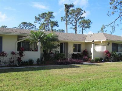 Naples Condo/Townhouse For Sale: 66 Glades Blvd #1382