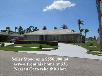 Marco Island Single Family Home For Sale: 336 Nassau Ct