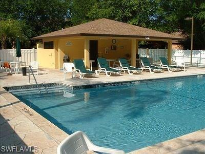 Bonita Springs Condo/Townhouse For Sale: 10021 Maddox Ln #202