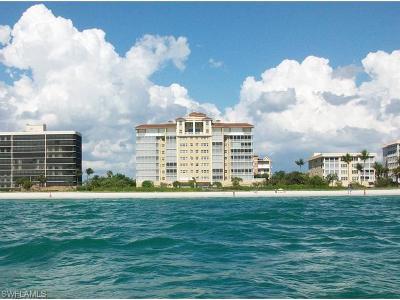 Naples Condo/Townhouse For Sale: 9577 Gulfshore Dr #702