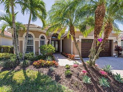 Naples Single Family Home For Sale: 4951 Cerromar Dr