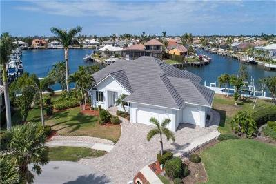 Marco Island Single Family Home For Sale: 60 Covewood Ct