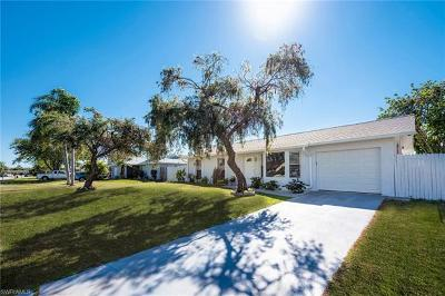 Naples Single Family Home For Sale: 2267 51st Ter SW
