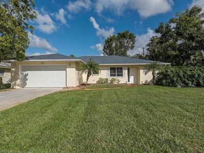 Naples Single Family Home For Sale: 32 Cypress Point Dr