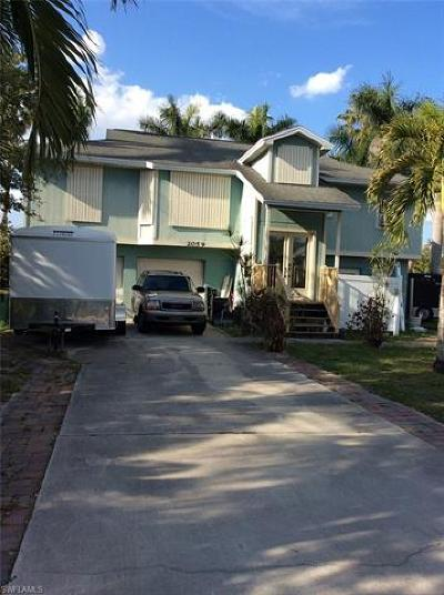 Naples Single Family Home For Sale: 2059 Mills Ln