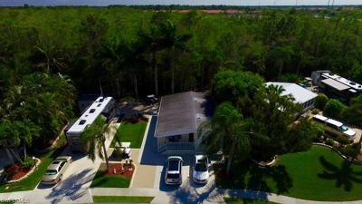 Naples Single Family Home For Sale: 4027 Crystal Lake Dr