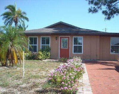 Naples Single Family Home For Sale: 728 106th Ave N