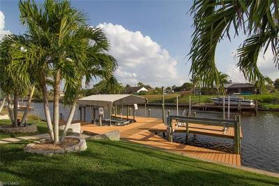 Cape Coral Single Family Home For Sale: 1310 SE 12th Ter