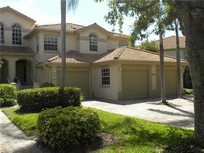 Naples Condo/Townhouse For Sale: 562 Laguna Royale Blvd #604