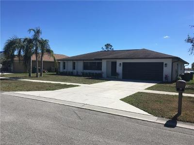 Naples FL Single Family Home For Sale: $299,000