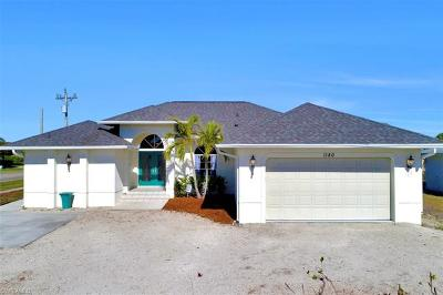 Marco Island Single Family Home For Sale: 1180 Samoa Ave