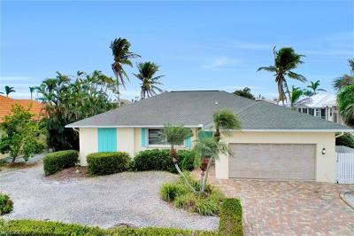 Marco Island Single Family Home For Sale: 1211 Spanish Ct