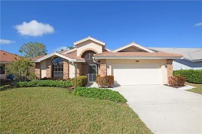 Naples Single Family Home For Sale: 565 Countryside Dr