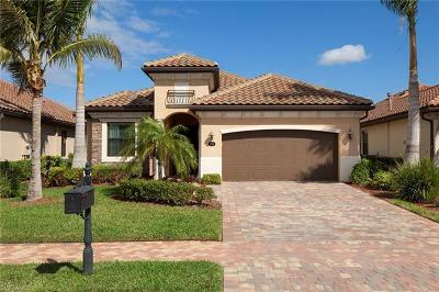 Naples Single Family Home For Sale: 2934 Aviamar Cir