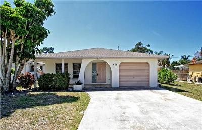 Naples  Single Family Home For Sale: 658 107th Ave N