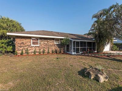 Naples Single Family Home For Sale: 1056 Cardinal St