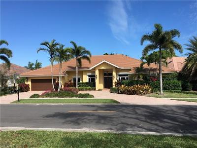 Naples Single Family Home For Sale: 220 Silverado Dr