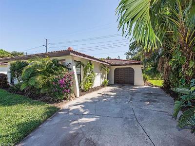 Bonita Springs Single Family Home For Sale: 27933 Hacienda Village Dr