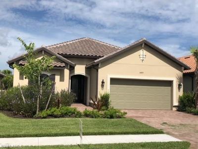 Naples Single Family Home For Sale: 8459 Palacio Ter W